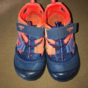 OshKosh B'Gosh boy's summer waterproof shoes